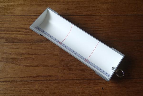 完成した釣果サイズ計測用のゲージです
