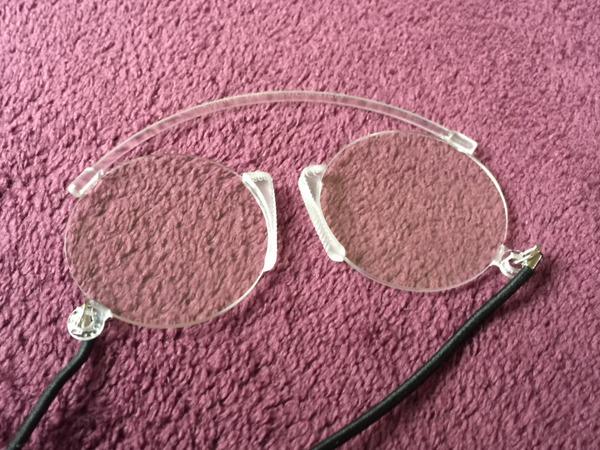 イタリア製の鼻メガネ