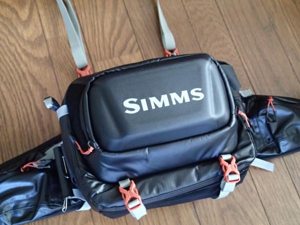 Simmsのヒップパック